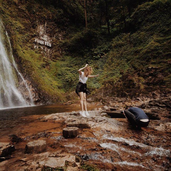 cắm trại ở thác tình yêu Sapa