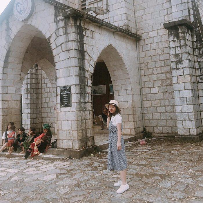 hình ảnh nhà thờ đá sapa