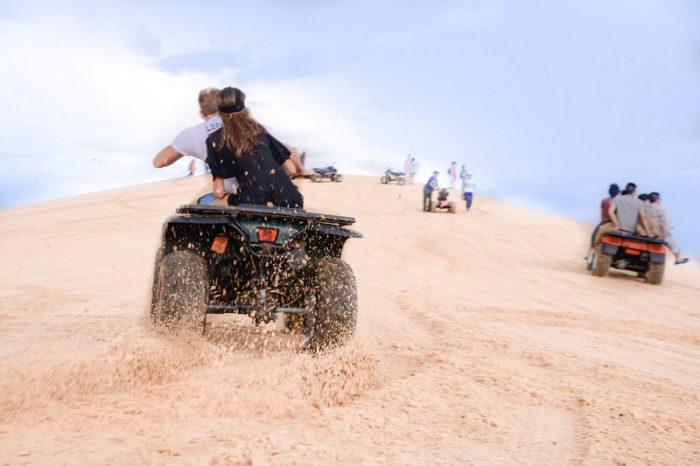 trò chơi mạo hiểm tại đồi cát